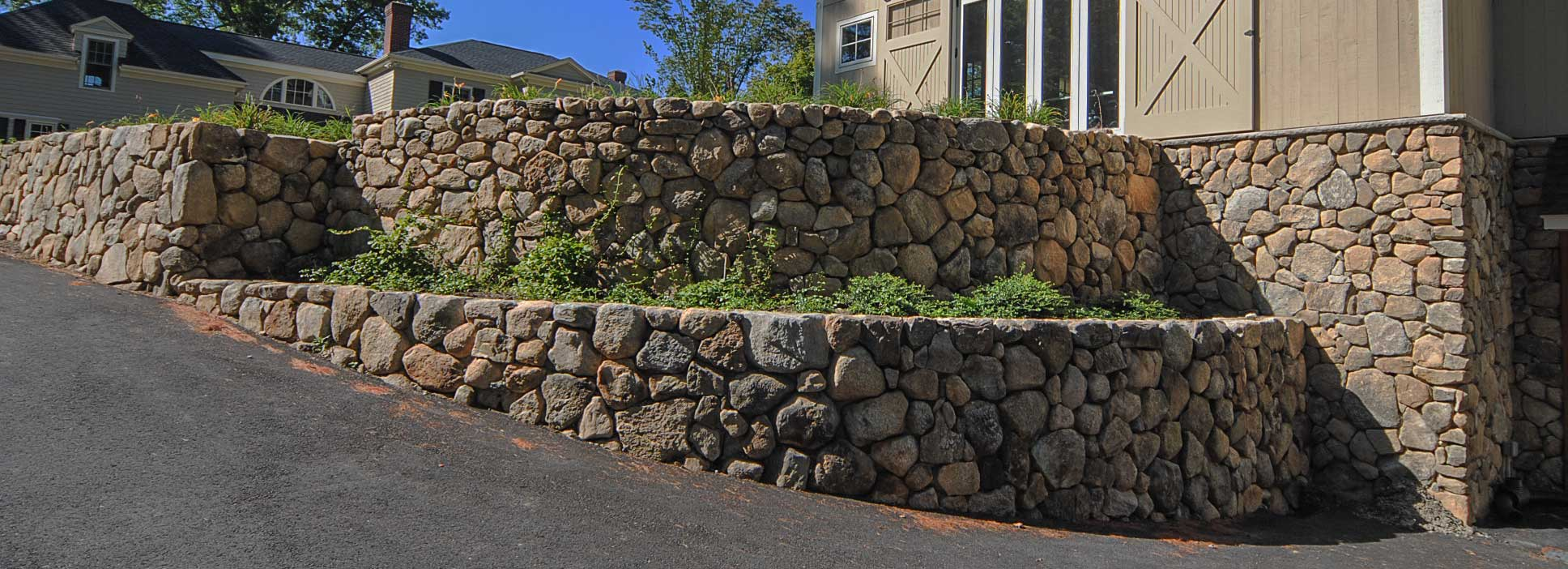 Residential Natural Stone : Residential natural stone walls retaining